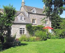 Snaptrip - Last minute cottages - Exquisite Stow On The Wold Cottage S16282 -
