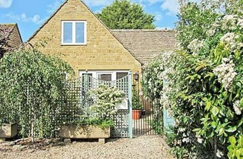 Snaptrip - Last minute cottages - Delightful Stow On The Wold Cottage S16289 -