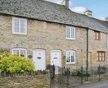 Snaptrip - Last minute cottages - Charming Stow On The Wold Cottage S16291 -