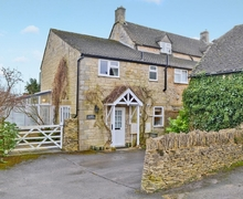 Snaptrip - Last minute cottages - Inviting Stow On The Wold Cottage S16296 -