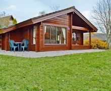 Snaptrip - Last minute cottages - Wonderful Sandyhills Lodge S23725 -