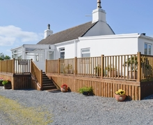 Snaptrip - Last minute cottages - Quaint Stranraer Cottage S23737 -