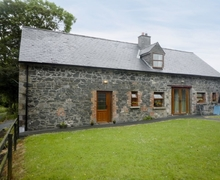 Snaptrip - Last minute cottages - Tasteful Cavan Cottage S23842 -