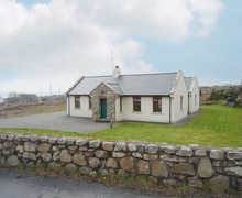 Snaptrip - Last minute cottages - Delightful Spiddal Cottage S23975 -