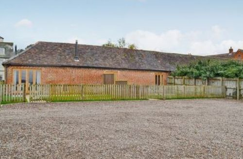 Snaptrip - Last minute cottages - Gorgeous Evesham Cottage S16343 -