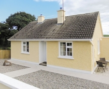 Snaptrip - Last minute cottages - Inviting Sligo Cottage S24135 -