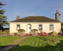 Snaptrip - Last minute cottages - Wonderful Dungarvan Cottage S75259 -