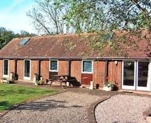 Snaptrip - Last minute cottages - Delightful Malvern Cottage S16362 -