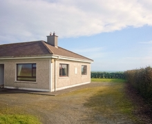 Snaptrip - Last minute cottages - Cosy Tramore Cottage S24167 -