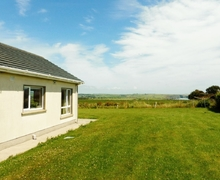 Snaptrip - Last minute cottages - Captivating Tramore Cottage S24168 -