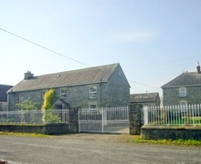 Snaptrip - Last minute cottages - Captivating Gowran Lodge S24389 -