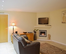 Snaptrip - Last minute cottages - Wonderful Kirkby Lonsdale Cottage S24406 -
