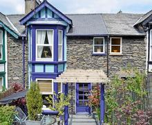 Snaptrip - Last minute cottages - Inviting Bowness On Windermere Cottage S24428 -