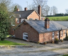 Snaptrip - Holiday cottages - Gorgeous Worcester Cottage S16398 -