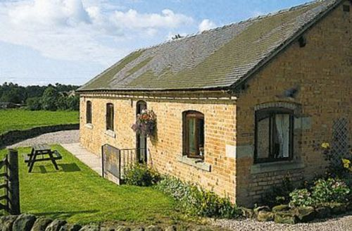 Snaptrip - Last minute cottages - Delightful Ashbourne Cottage S16407 -