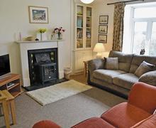 Snaptrip - Last minute cottages - Inviting Polperro Cottage S45459 -