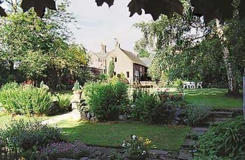 Snaptrip - Last minute cottages - Delightful Ashbourne Cottage S16420 -