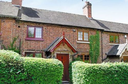 Snaptrip - Last minute cottages - Superb Ashbourne Cottage S16422 -