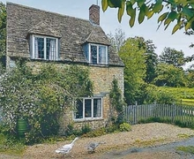 Snaptrip - Last minute cottages - Luxury Chipping Sodbury Cottage S24593 -