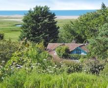 Snaptrip - Last minute cottages - Charming Blakeney Apartment S24650 -