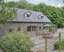 Snaptrip - Last minute cottages - Excellent Benllech Cottage S24727 -