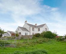 Snaptrip - Holiday cottages - Tasteful Rhosneigr And Aberffraw Cottage S70837 -