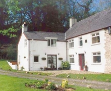 Snaptrip - Last minute cottages - Captivating Cardigan Cottage S21560 -