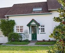 Snaptrip - Last minute cottages - Splendid Llangrannog Cottage S43857 -