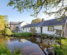 Snaptrip - Last minute cottages - Exquisite Swansea Cottage S21779 -