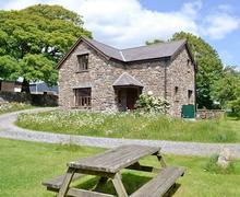 Snaptrip - Last minute cottages - Beautiful Swansea Cottage S21786 -