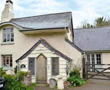 Snaptrip - Last minute cottages - Excellent Shaldon Cottage S45979 -