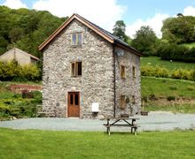 Snaptrip - Last minute cottages - Delightful  Mill S4688 -