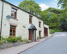 Snaptrip - Holiday cottages - Quaint Buxton Cottage S16516 -