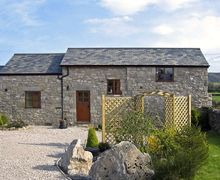 Snaptrip - Last minute cottages - Inviting Holywell Granary S4794 -