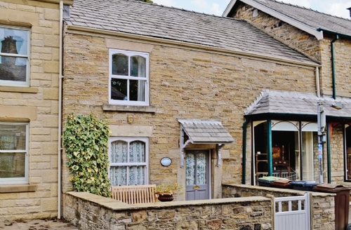 Snaptrip - Last minute cottages - Charming Buxton Cottage S16517 -