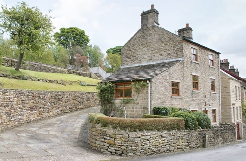 Snaptrip - Last minute cottages - Exquisite Buxton Cottage S16521 -