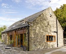 Snaptrip - Last minute cottages - Adorable Hebden Bridge View S3434 -