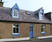 Snaptrip - Last minute cottages - Quaint Eyemouth Rental S5161 -