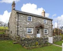 Snaptrip - Last minute cottages - Adorable Llanrwst Rental S5173 -