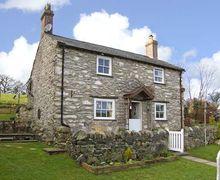 Snaptrip - Last minute cottages - Adorable Llanrwst Rental S5173 -