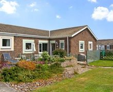 Snaptrip - Last minute cottages - Superb Chathill Rental S3590 -