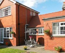 Snaptrip - Last minute cottages - Luxury Bridlington Cottage S3605 -