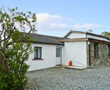 Snaptrip - Last minute cottages - Luxury  Cottage S5332 -