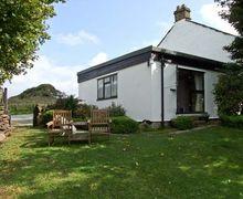 Snaptrip - Last minute cottages - Luxury Hope Valley Cottage S3658 -