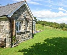 Snaptrip - Last minute cottages - Lovely Corwen Bach S5376 -