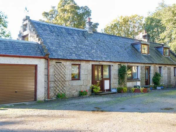 Stunning alness cottage s5443 2 stittenham cottage for Country cottage kennel