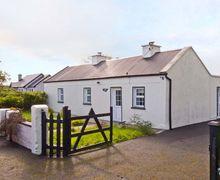 Snaptrip - Last minute cottages - Quaint  Mac's S5476 -