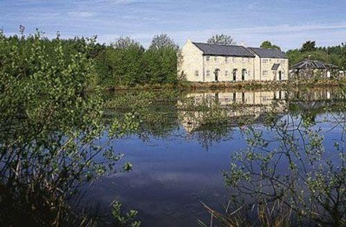 Snaptrip - Last minute cottages - Splendid Matlock Cottage S16639 -