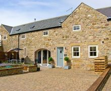Snaptrip - Last minute cottages - Inviting Chathill Byre S3867 -
