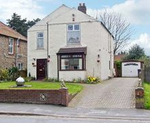 Snaptrip - Last minute cottages - Superb Holt Rental S2510 -
